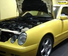 Mercedes_Benz_E200_CDI1998